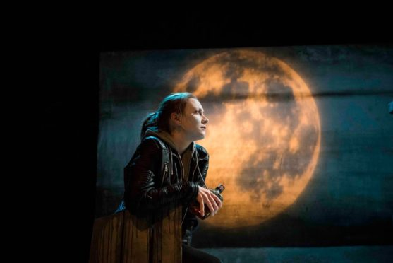 3.-Dogstar-Theatre-The-Stornoway-Way-by-Kevin-MacNeil.-Naomi-Stirrat-Roman-Stornoway-Photo-credit-Leila-Angus-557x372